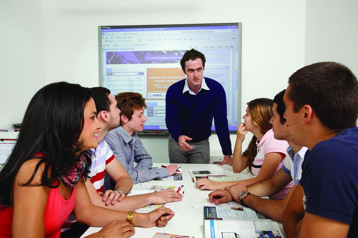 ทุนการศึกษาจาก NCUK Universities ประเทศอังกฤษ